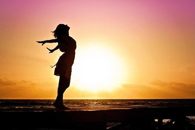 Świadomy, głęboki oddech – jak wpłynąć na własną energetykę?